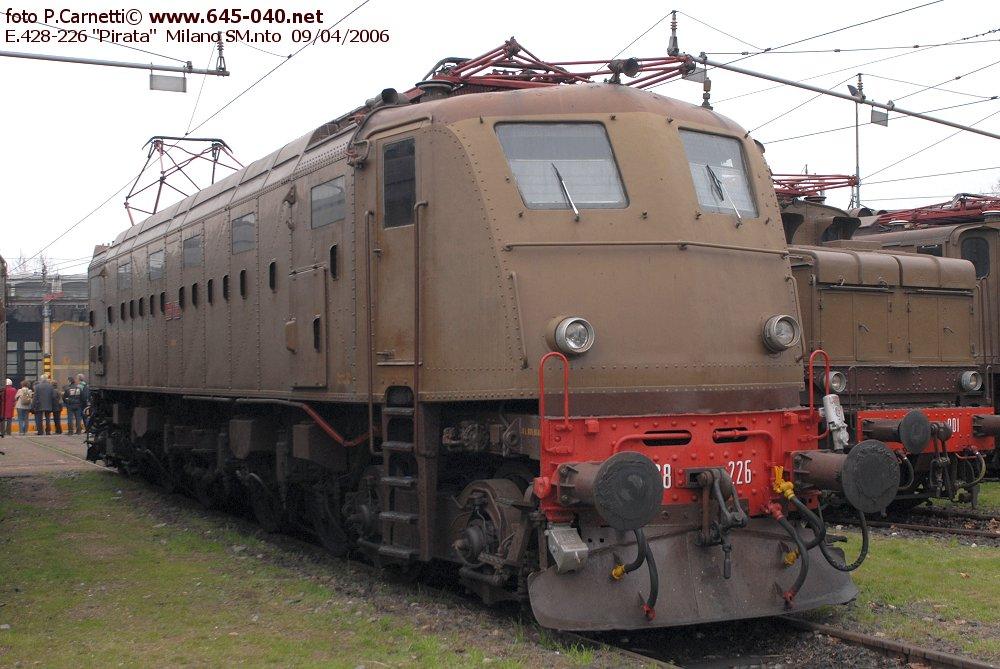 428-226_32.JPG